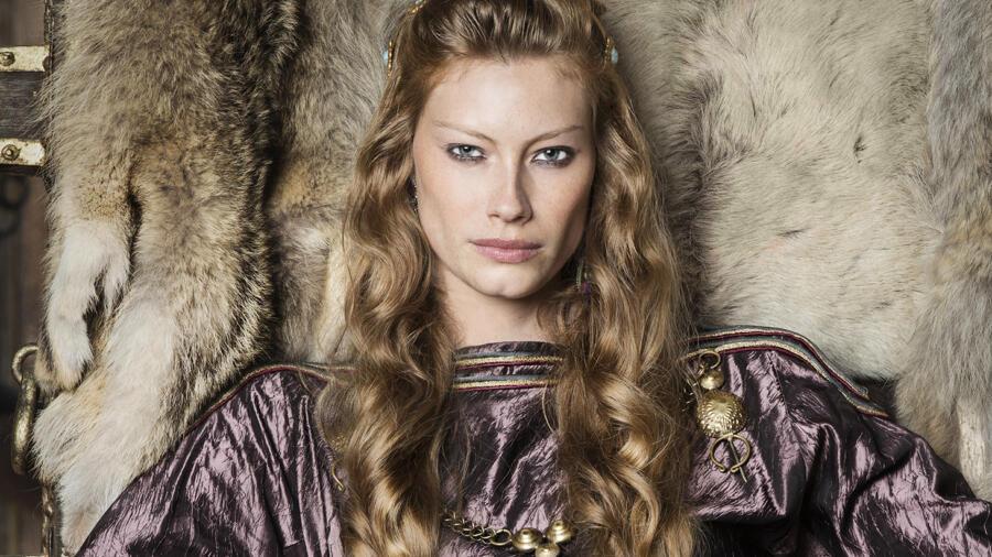 Alyssa Sutherland as Queen Aslaug, Vikings