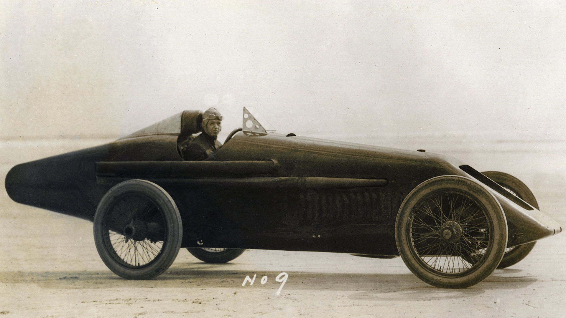 16-cylinder Duesenberg