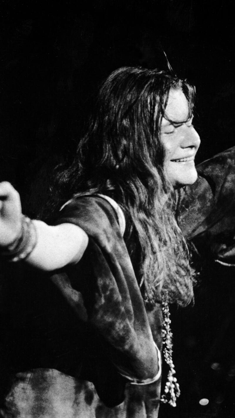 Janis Reaches Out