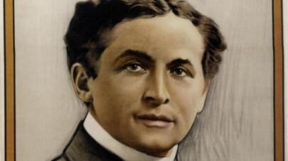 10 Things You May Not Know About Harry Houdini