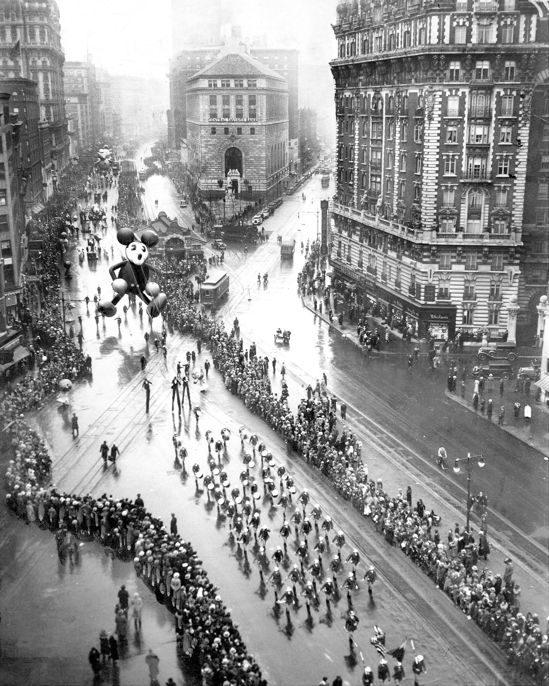 Quirky Vintage Photos of the Macy's Thanksgiving Day Parade