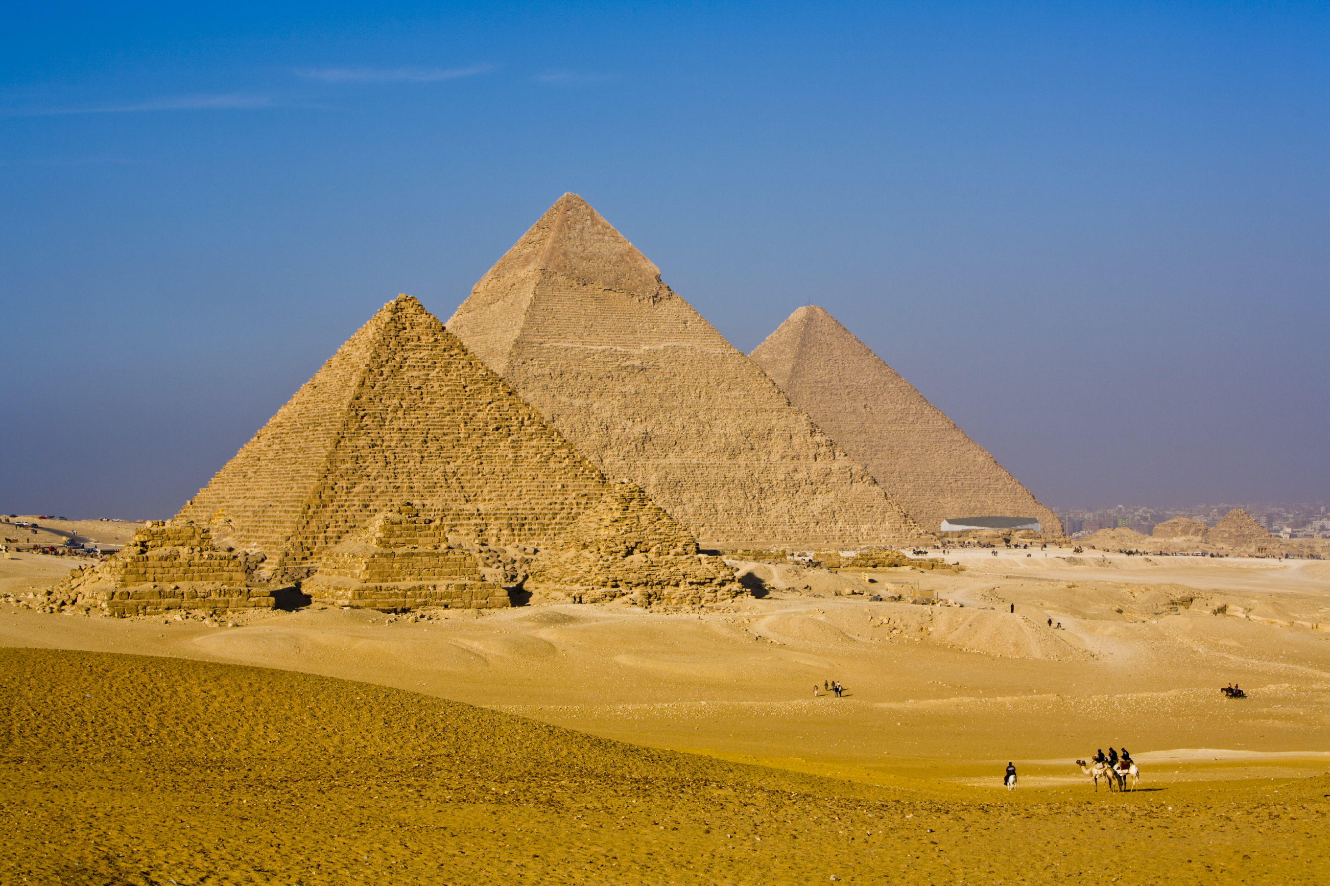 How long did it take to build the Great Pyramid? - HISTORY