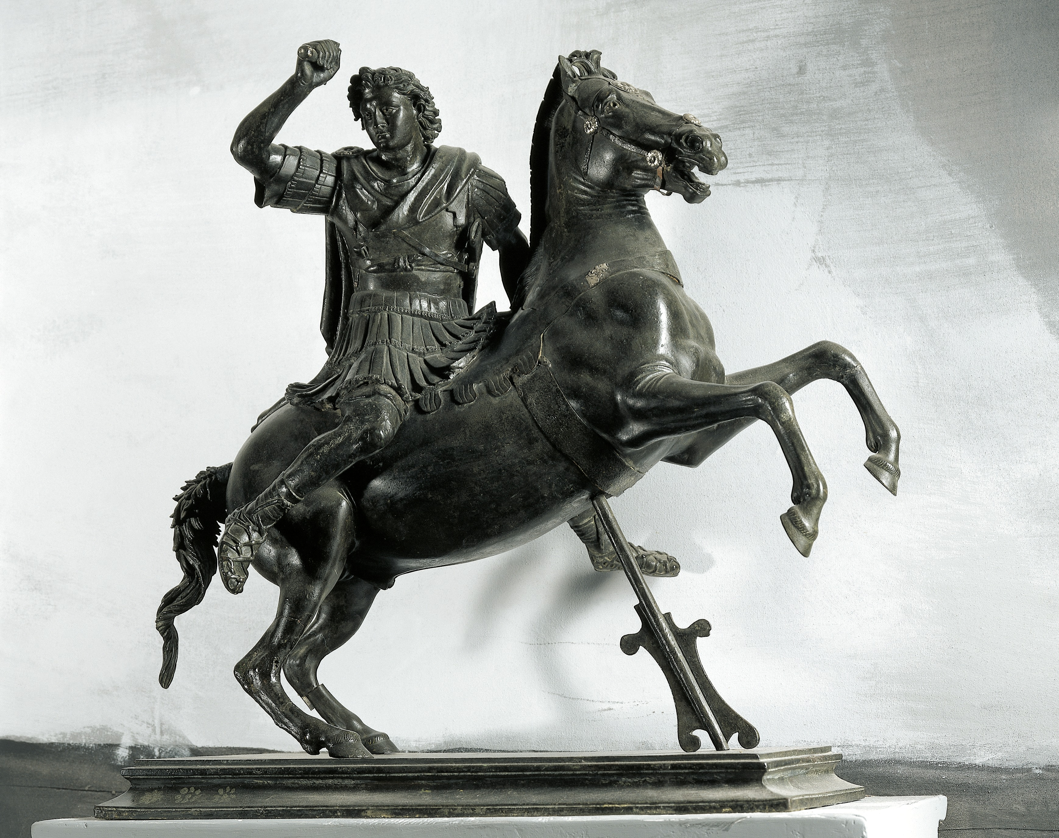8 Surprising Facts about Alexander the Great - HISTORY