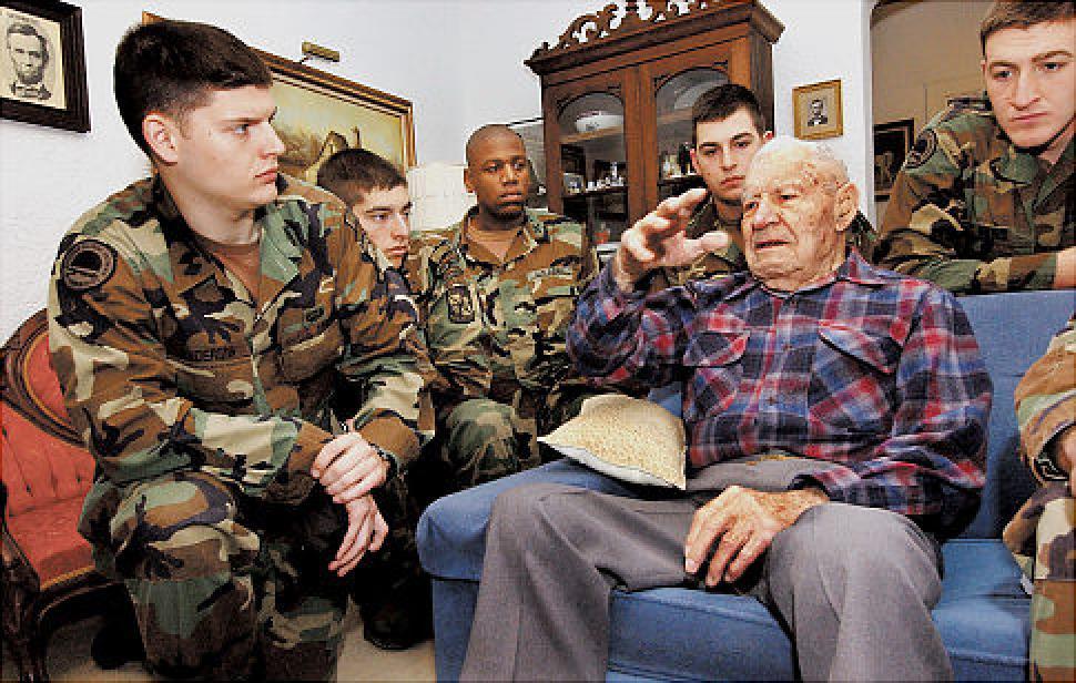 Albert Brown, Oldest U.S. Survivor of Bataan March, Dies at 105