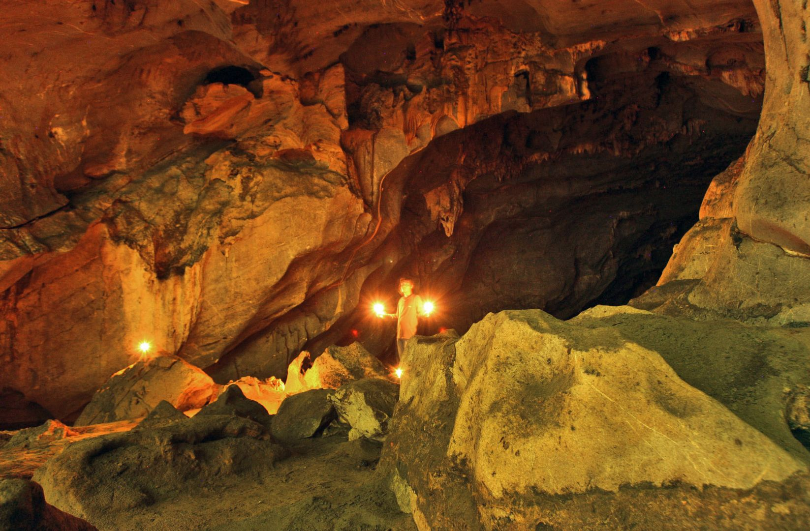 Indonesian Cave Reveals Tsunami History