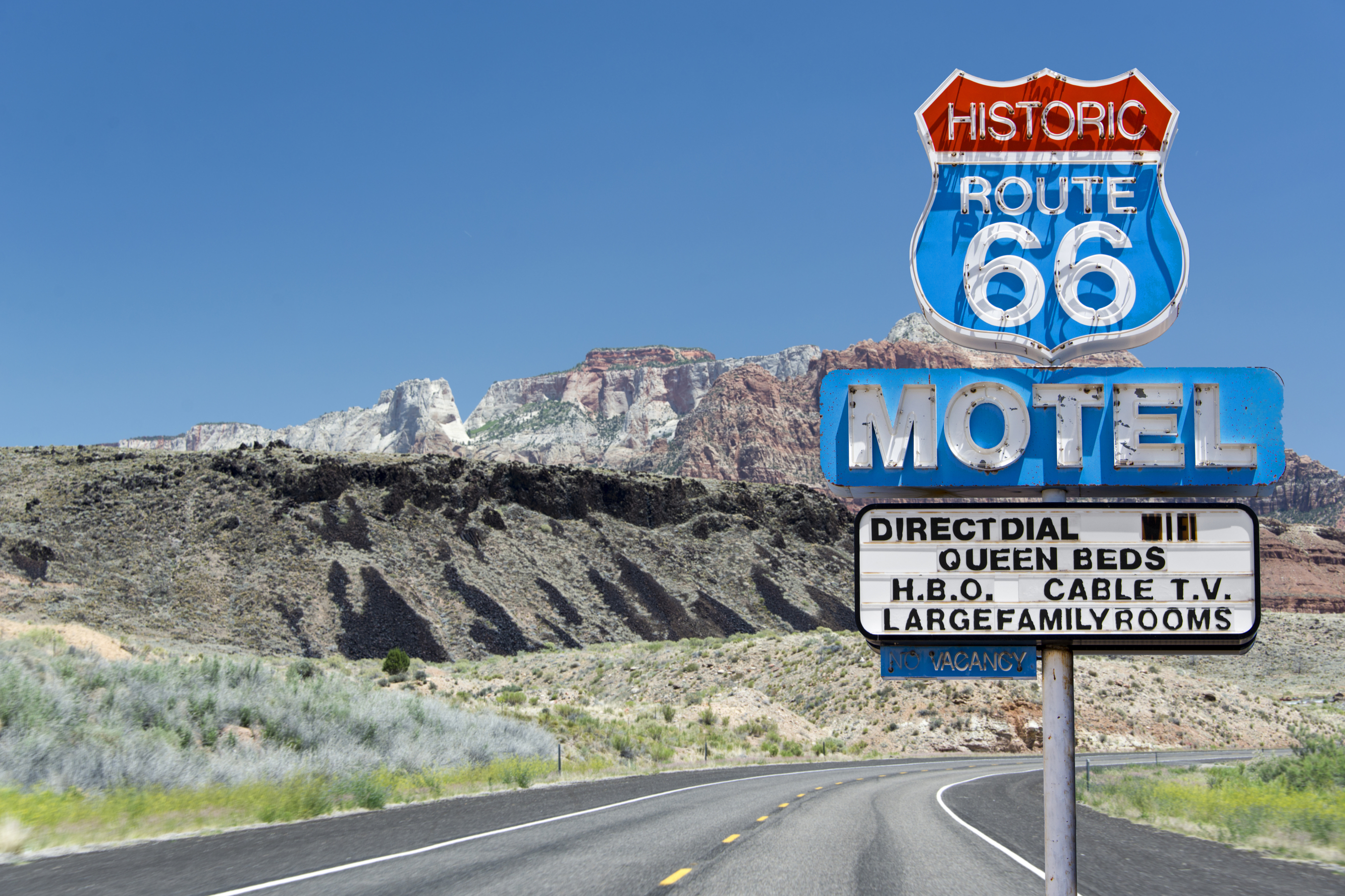 8 Things You May Not Know About Route 66 - HISTORY on google maps interstate 40, arkansas interstate 40, north carolina interstate 40, illinois interstate 40,