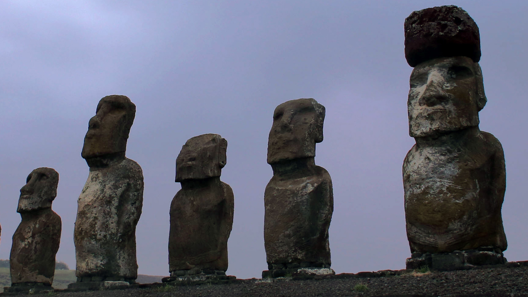 How Easter Island's Mysterious Statues Got Their 12-Ton Hats