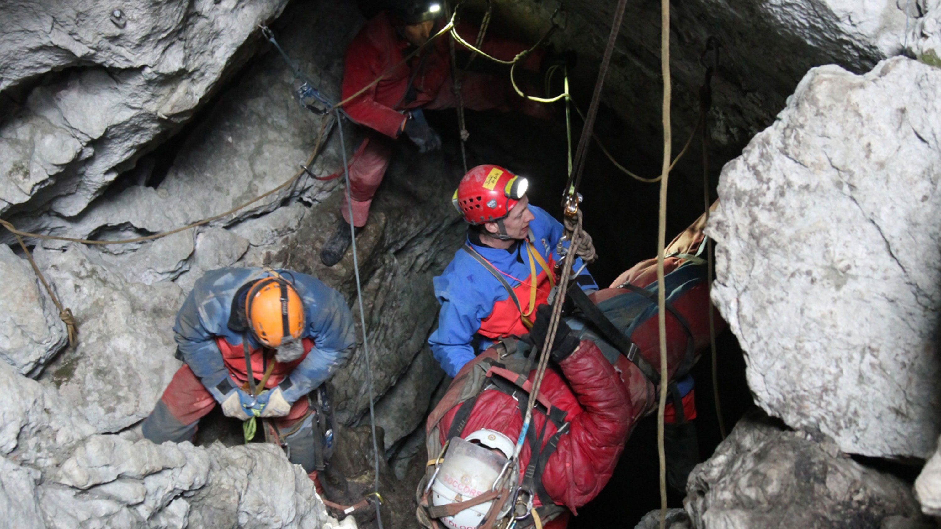 It Took More Than 700 People to Rescue This Man from Germany's Deepest Cave