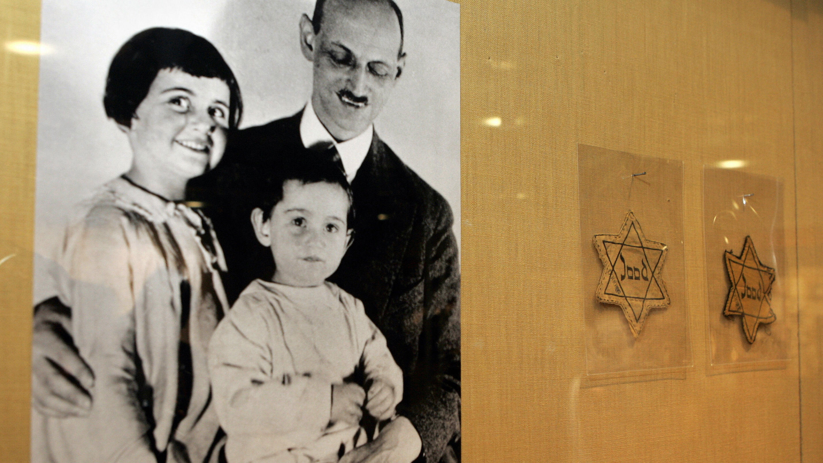Anne Frank's Family Tried Repeatedly to Immigrate to the U.S.