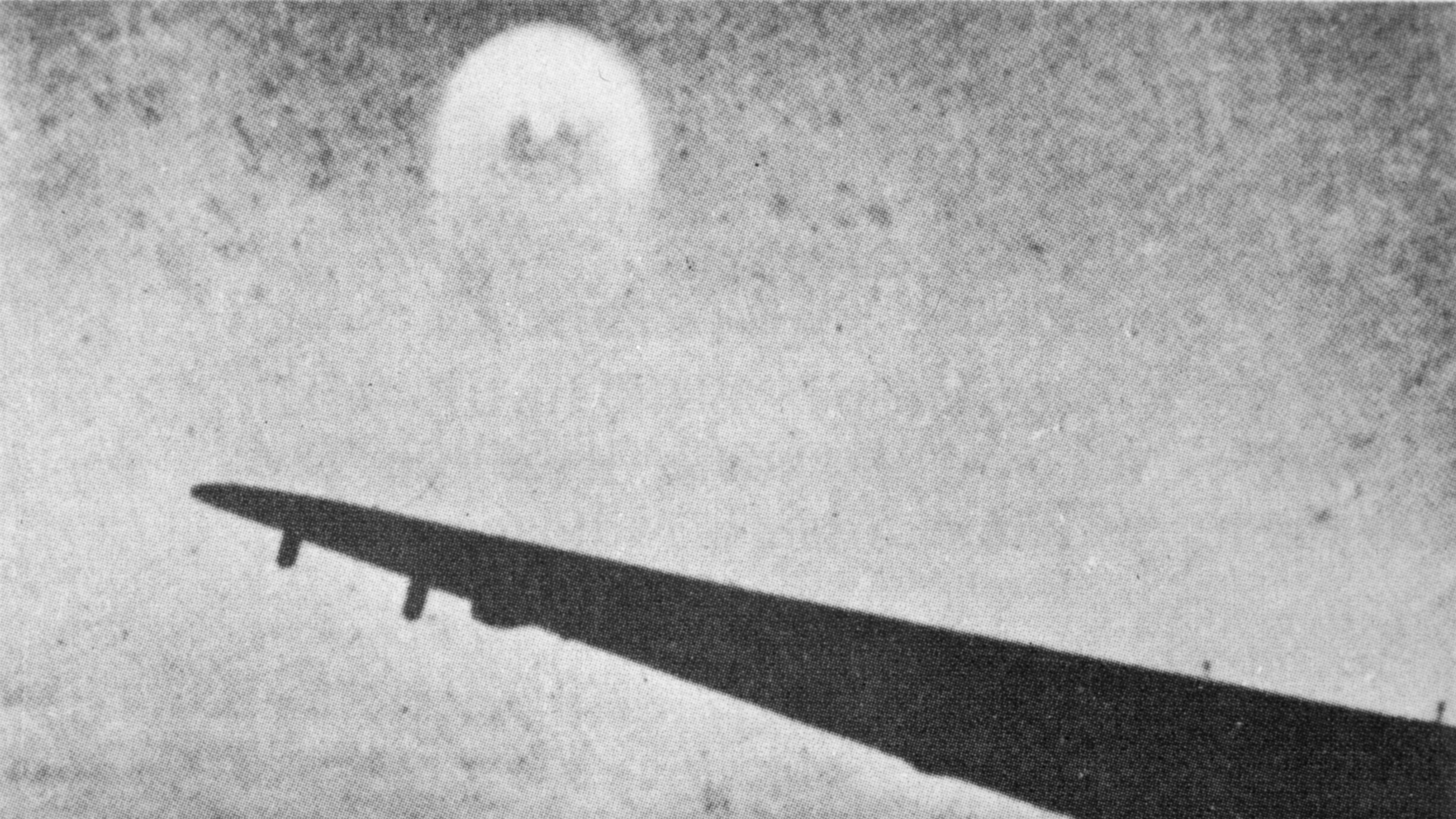 Mysterious UFOs Seen by WWII Airman Still Unexplained