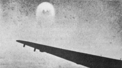 Read: Unexplained UFOs Seen by WWII Airman