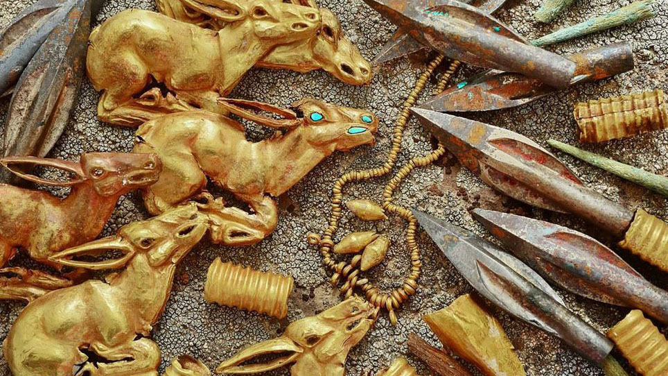 Pile of Ancient Gold Found in Kazakh Mountain Tomb