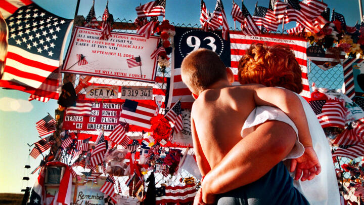 A parent and child admiring the Flight 93 memorial