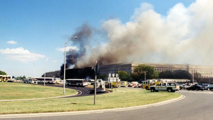Smoke-filled Pentagon building on September 11, 2001