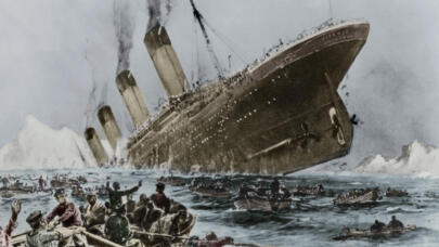 Titanic: The Surprising Calm Before the Chaotic Sinking