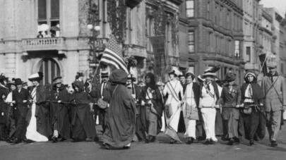This Huge Women's March Drowned Out a Presidential Inauguration in 1913