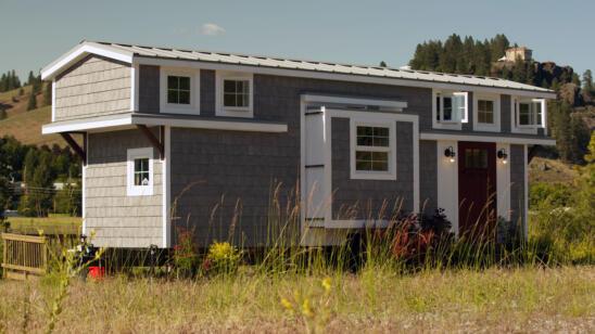Tiny House Tour: Expandable Tiny Cottage