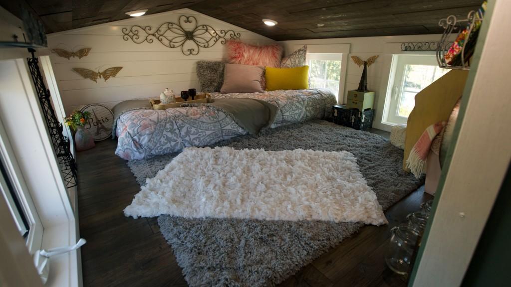 THN-Expandable-Tiny-Cottage-4