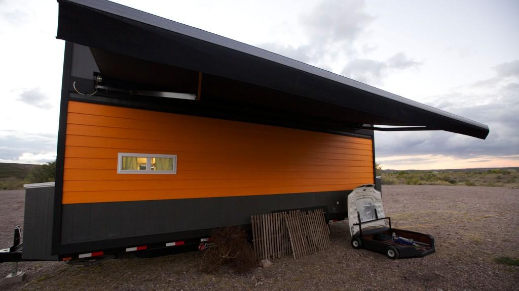 tiny house nation retro garage house