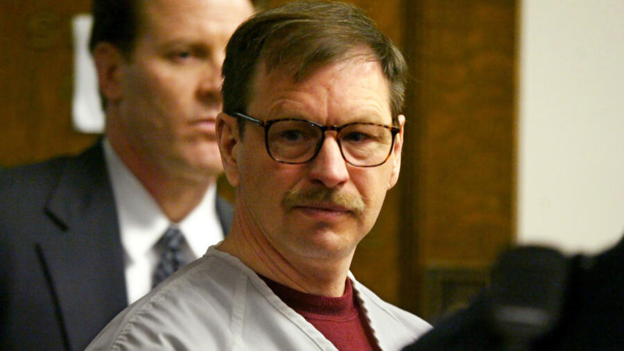 Green River Killer Gary Ridgway Faces Families Of Victims