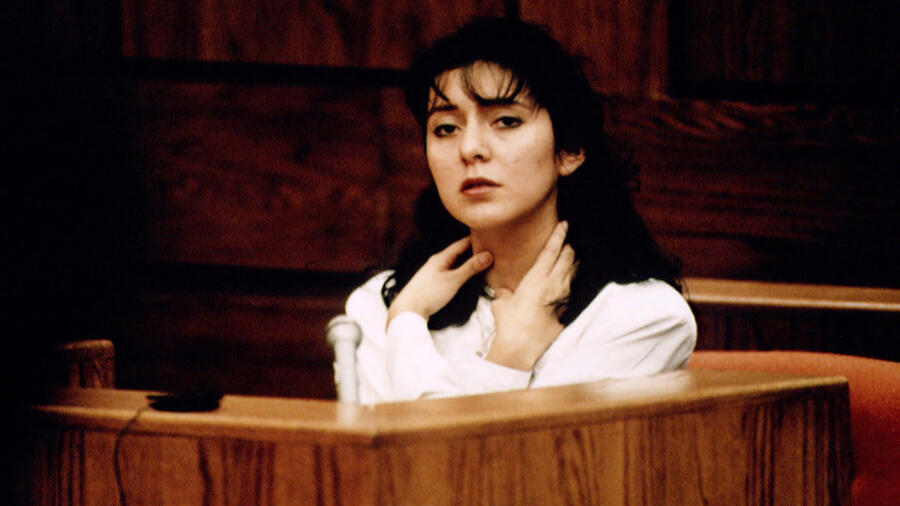 Lorena Bobbitt at her trial
