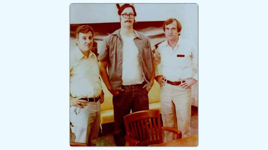 FBI profilers Robert Ressler and John Douglas with serial killer Edmund Kemper