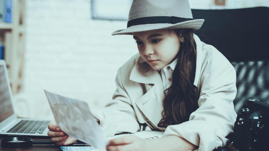 Kid detective