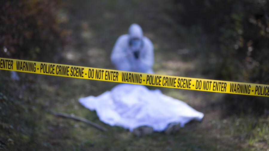 A dead body at a crime scene
