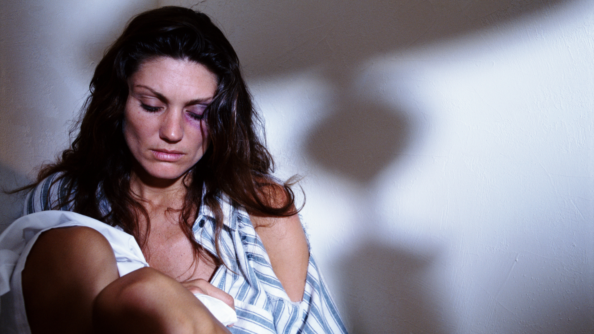 The Warning Signs an Abusive Partner May Try to Kill You