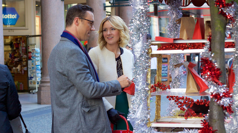 A Gift Wrapped Christmas Lifetime