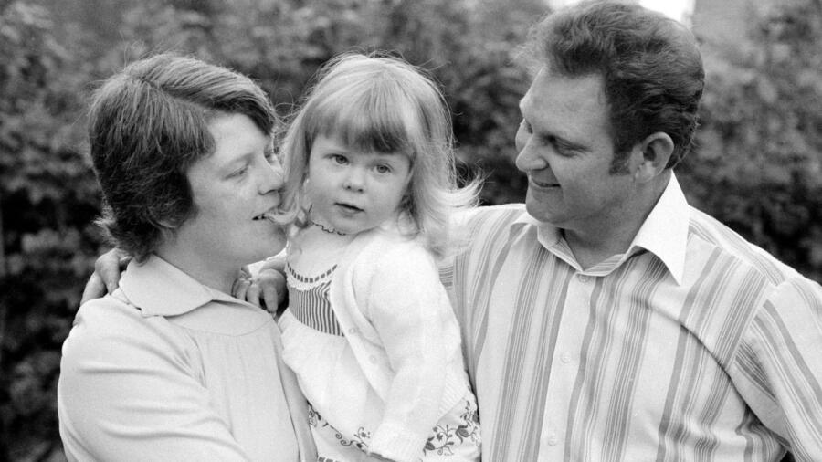 Louise Brown and her parents