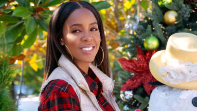 Kelly Rowland Counts Down Her 7 Favorite Holiday Songs