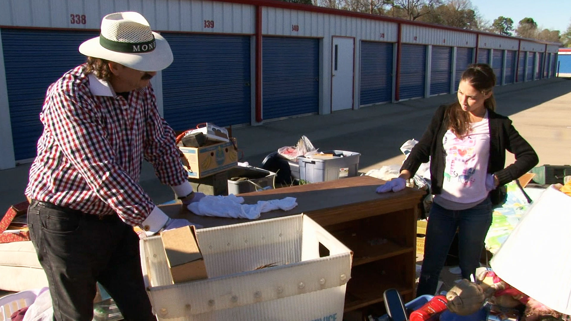 Is vic and jenny dating in storage wars texas