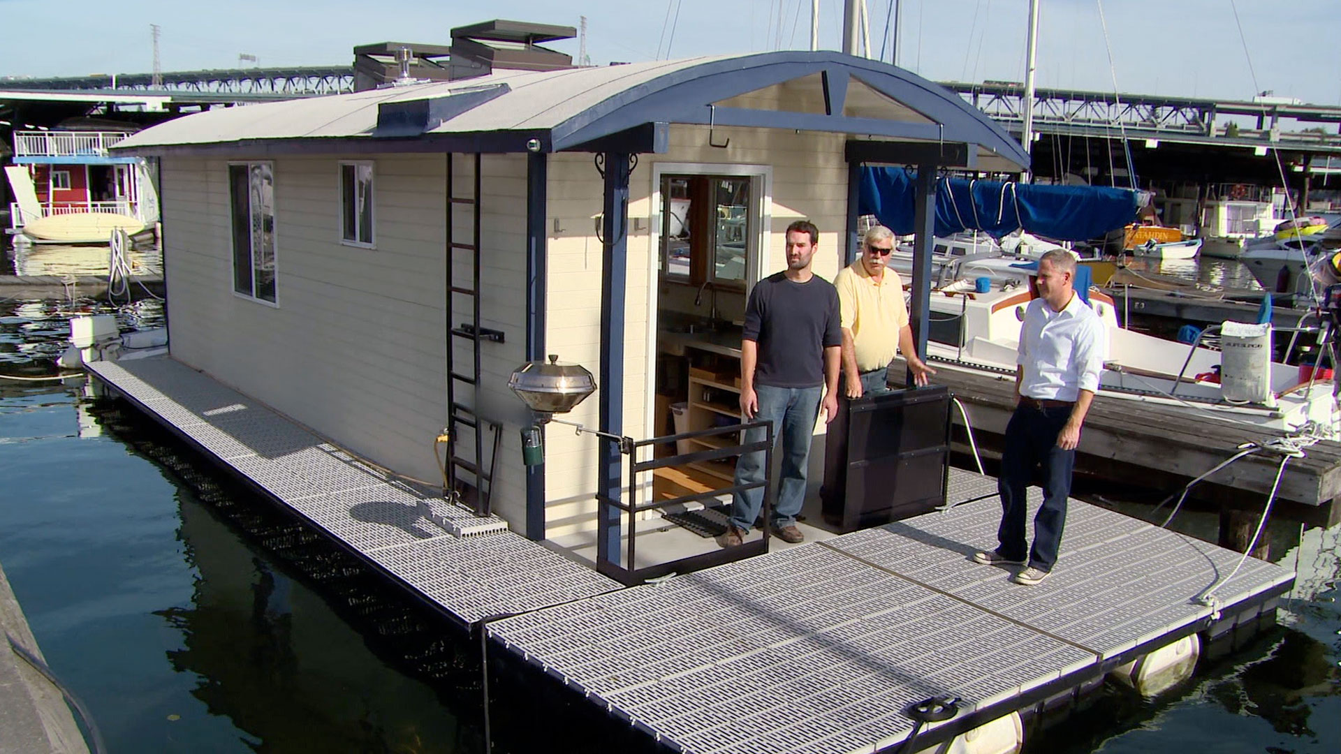 A Tiny House Boat in Seattle