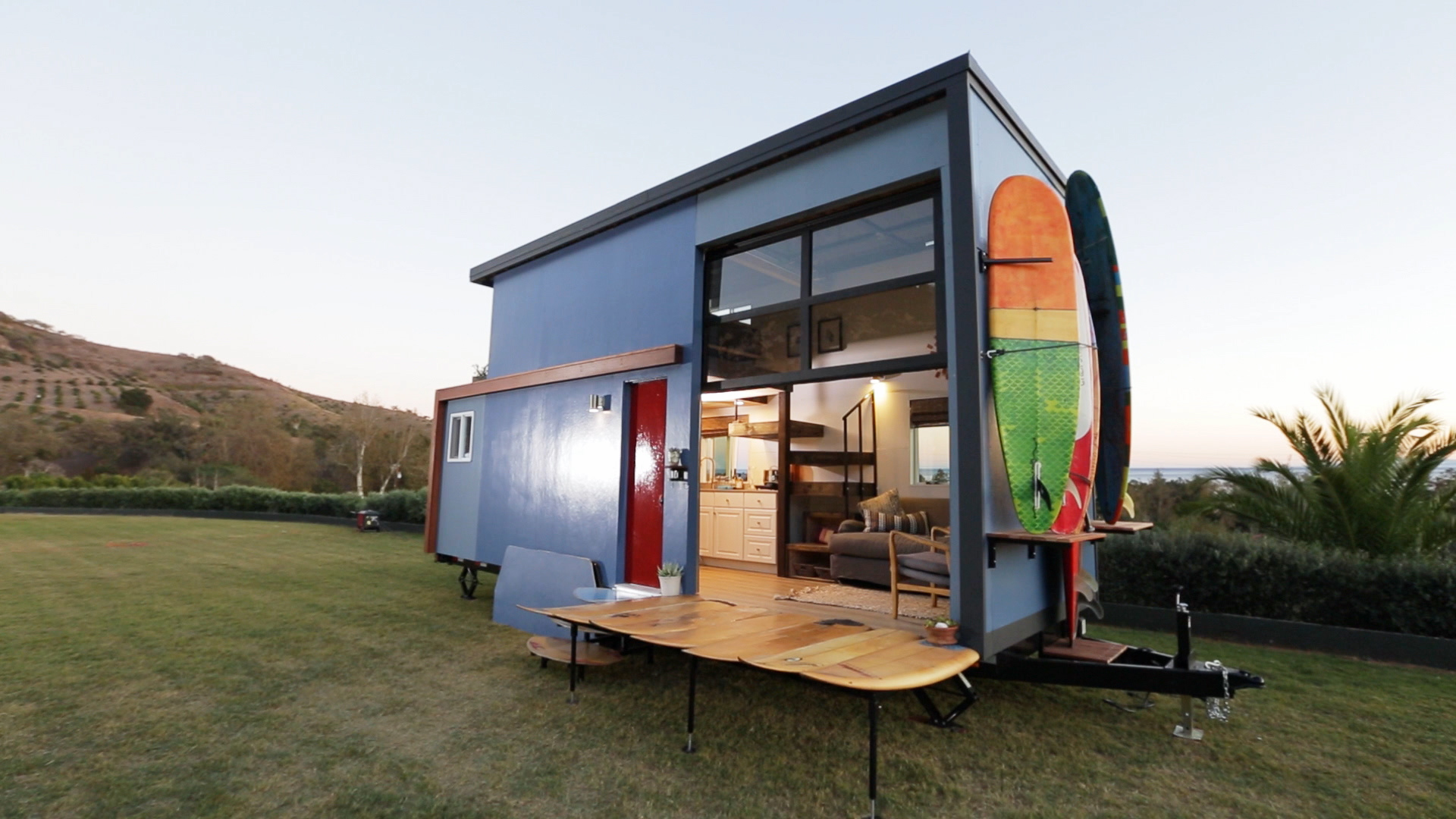 300 Sq. Ft. Surf Shack Chic