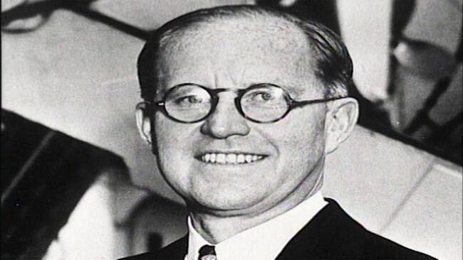 Joseph Kennedy, Sr: Father Of An American Dynasty: Host: Jack Perkins