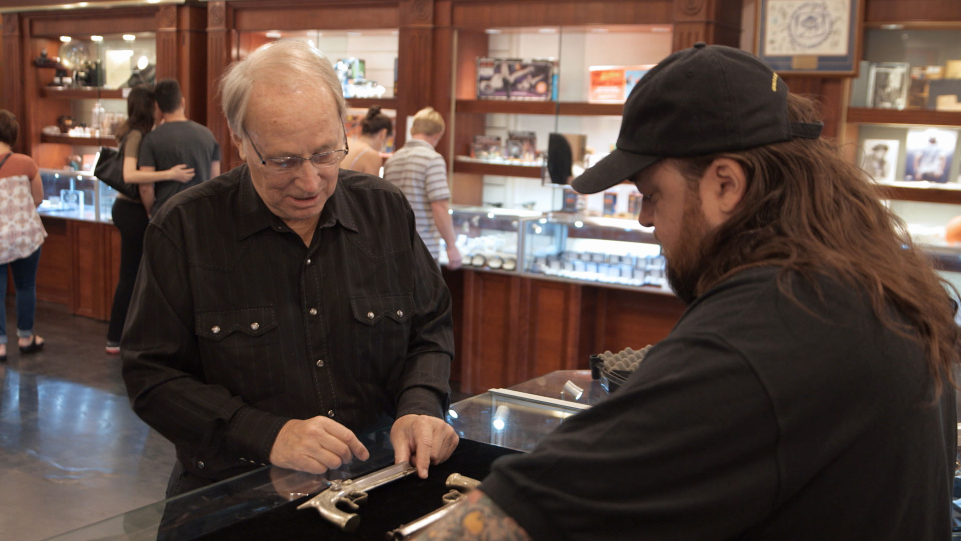 Watch Lock Stock And Two Nickel Barrels Full Episode Pawn Stars