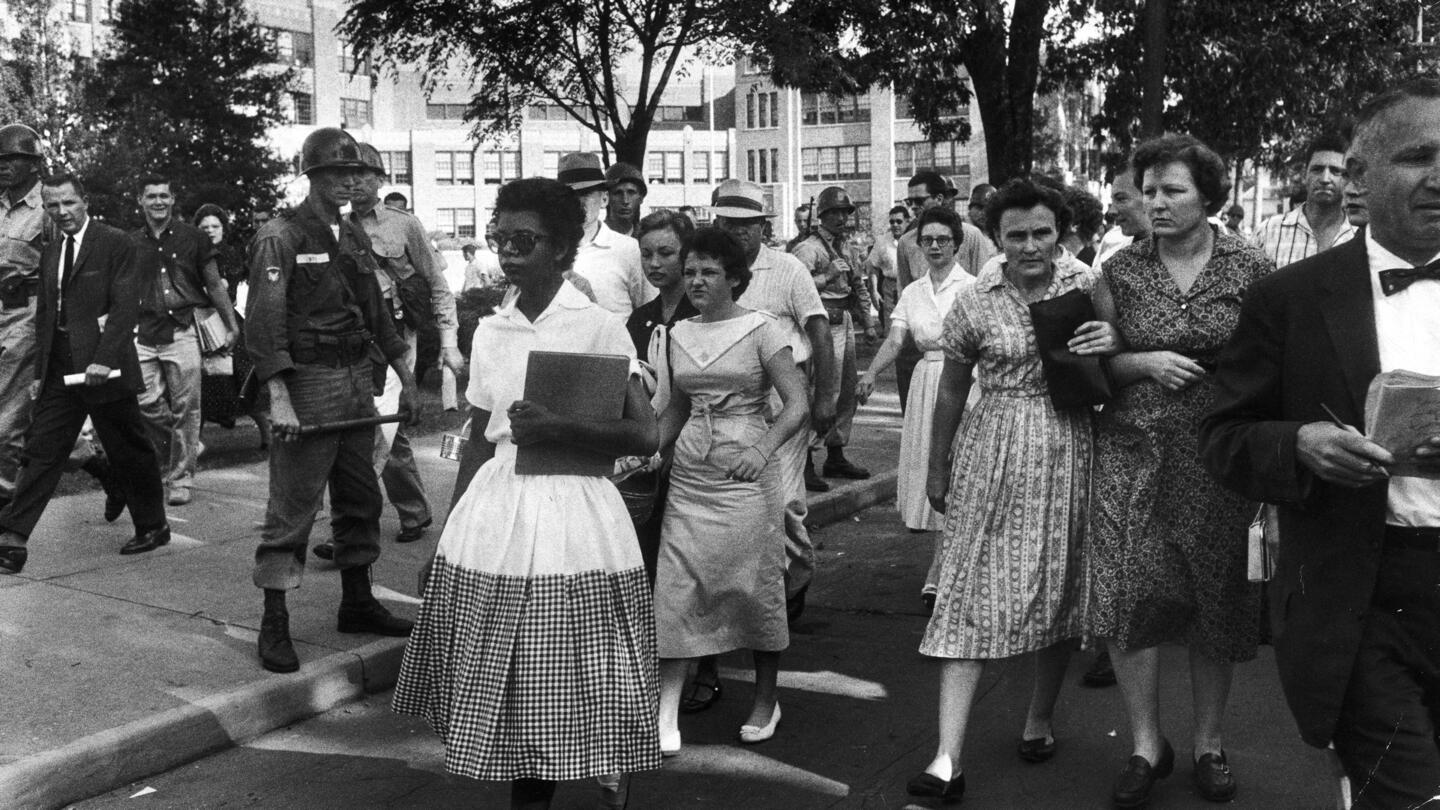 Little Rock Nine Begin First Full Day of Classes - HISTORY