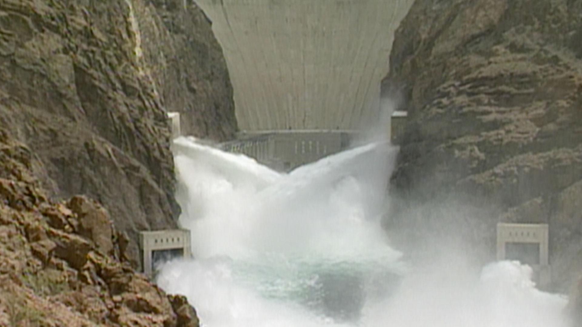Modern Marvels : Dams