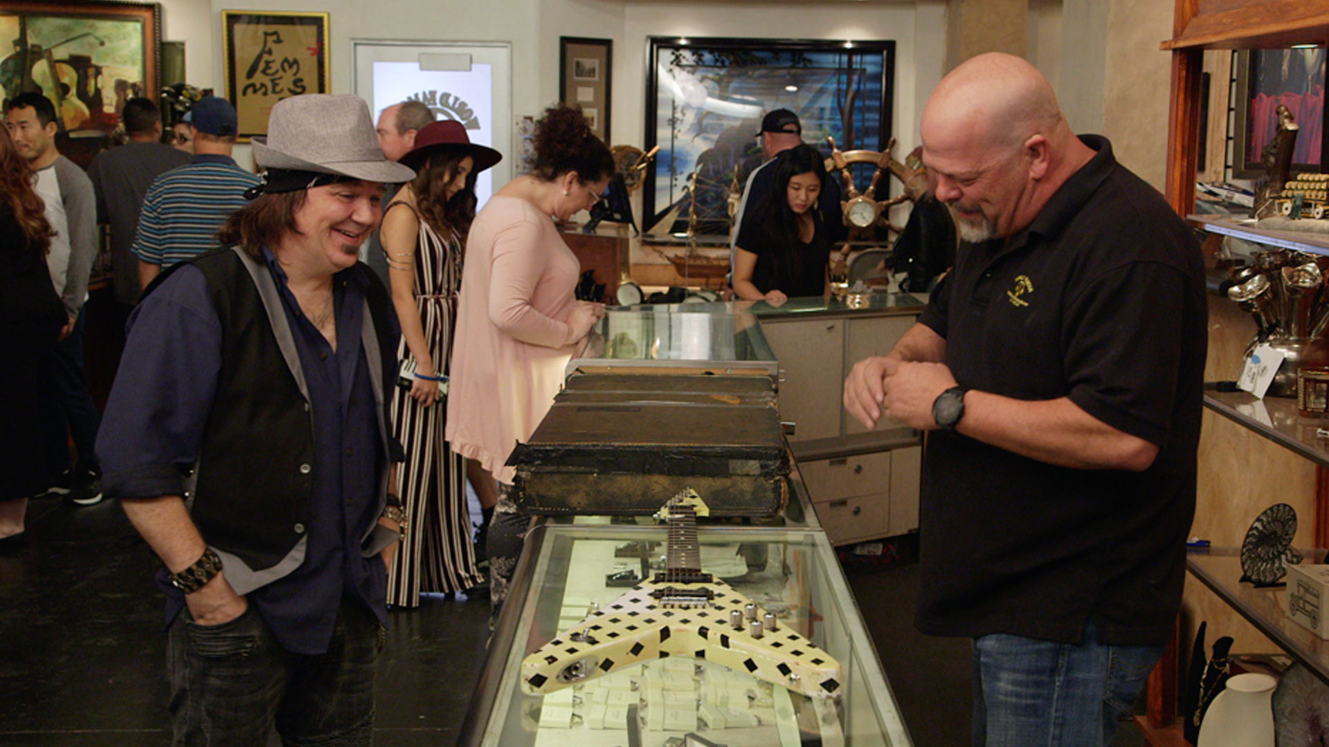 Pawn Stars : A Demon of a Deal