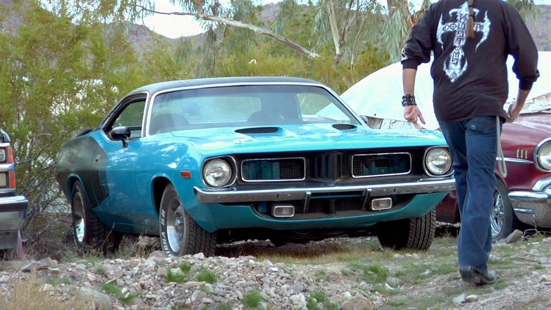 Counting Cars : The Car Hoarder