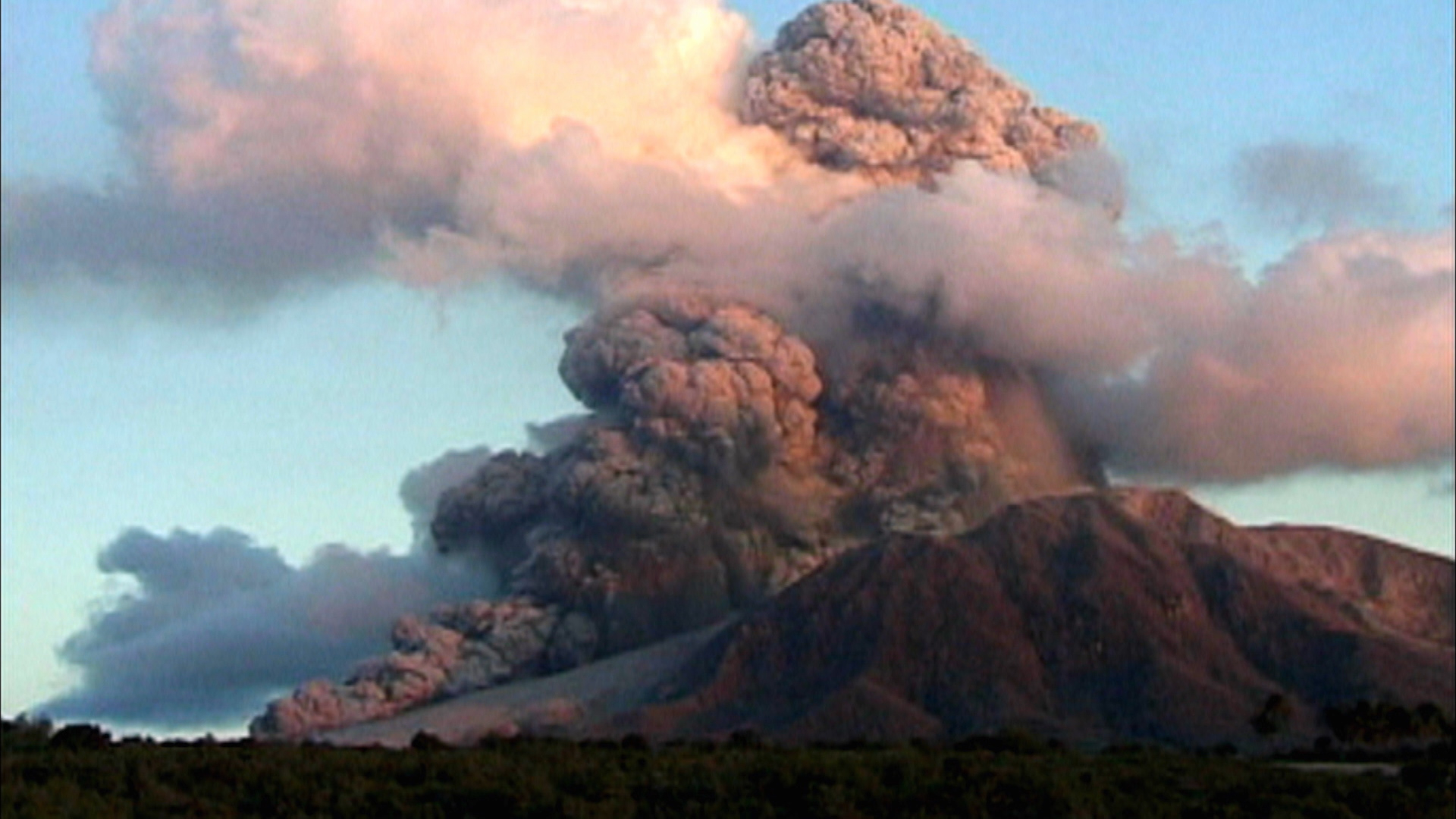 Volcanoes: Fire & Fury