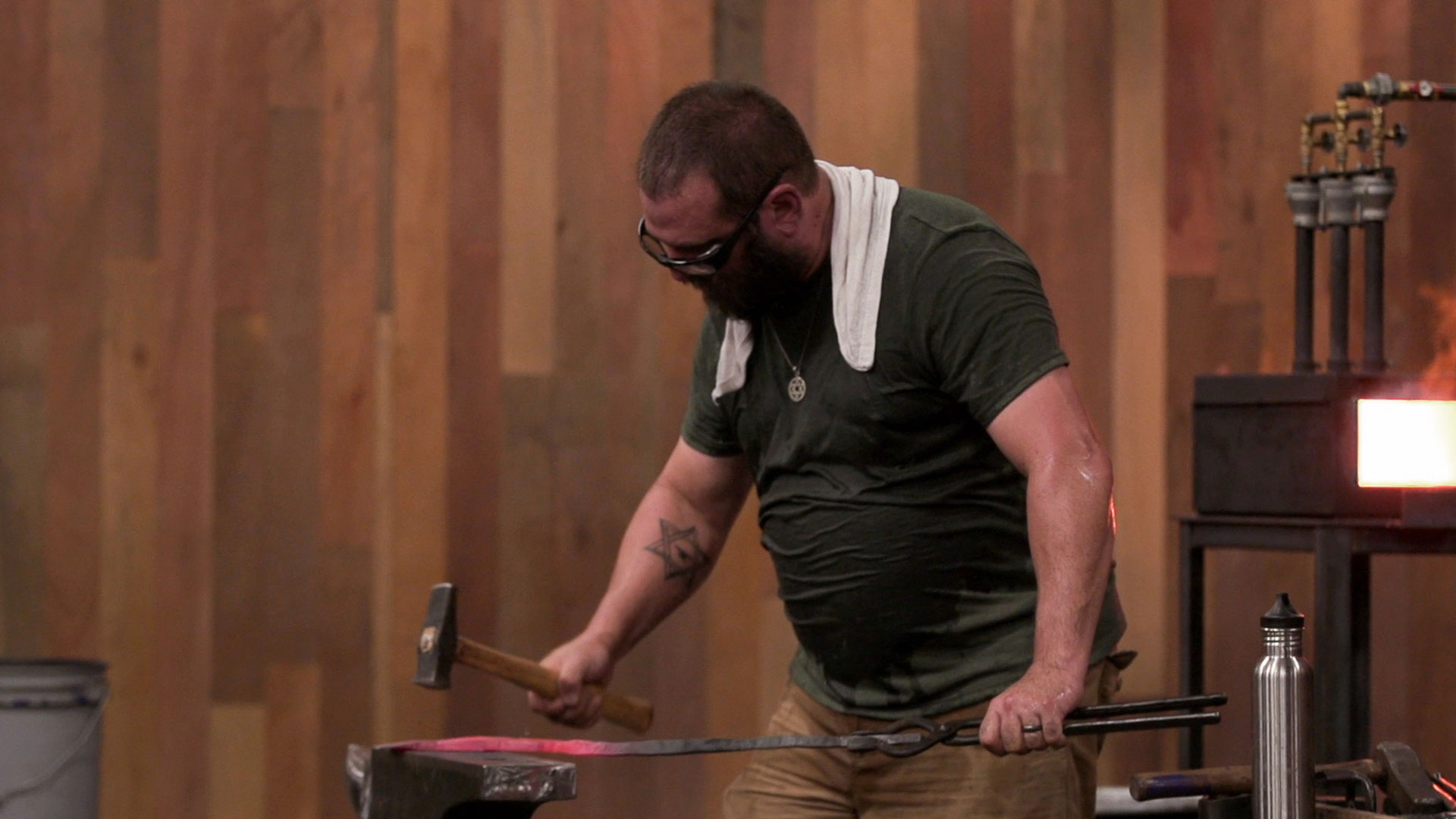 Forged in Fire : The Haladie